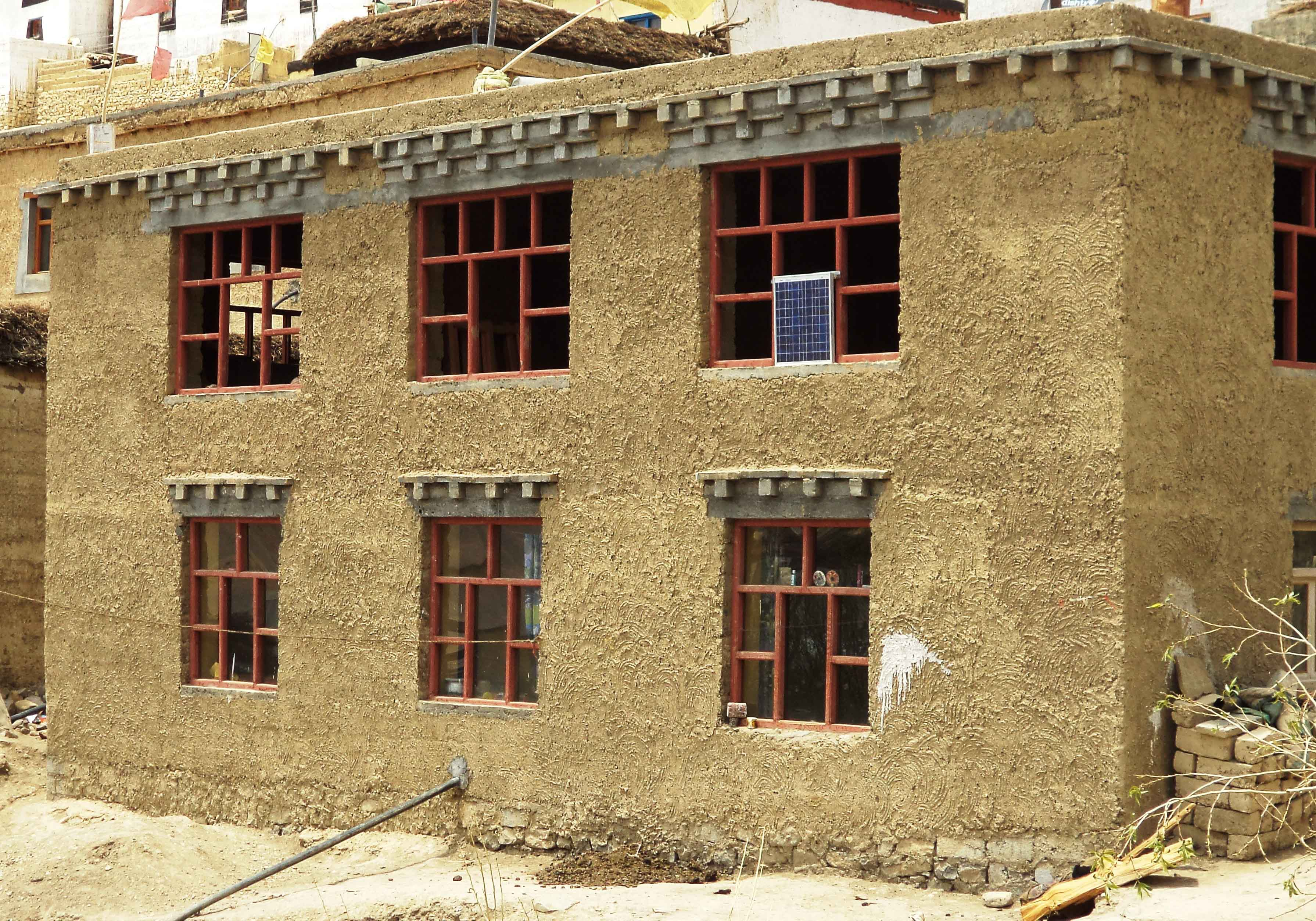 Report 171 mud wall construction in spiti valley for Adobe home construction